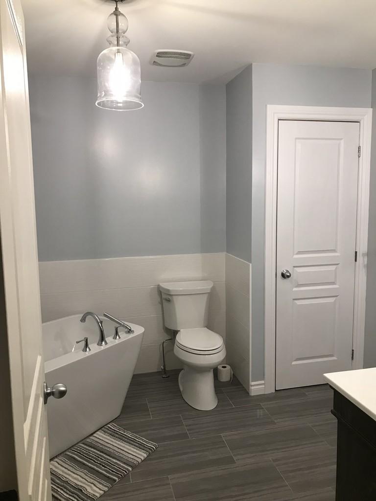 Ensuite Bath & Kitchen Showrooms - Ontario, Canada